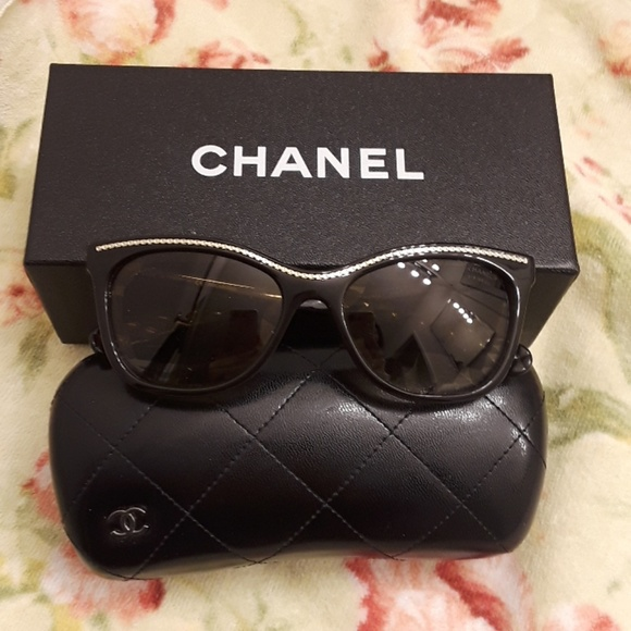 26a296b482c CHANEL Accessories - Authentic Chanel Polarized Sunglass